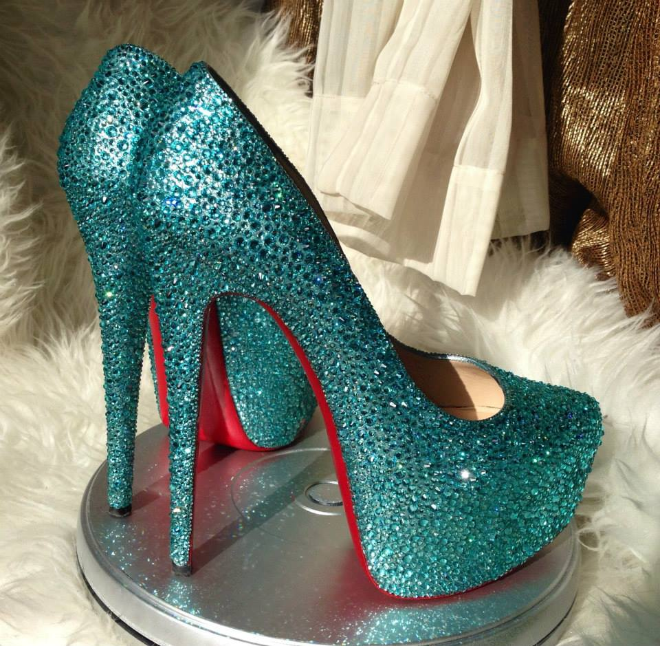 pretty nice 9a64f aabb8 Swarovski Crystal Shoes Enhancing Your Personality ...